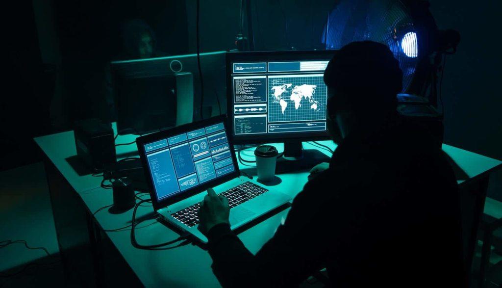 hack game bài đổi thưởng online